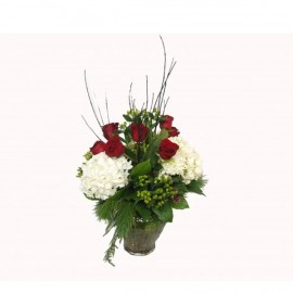 The christmas rose bouquet
