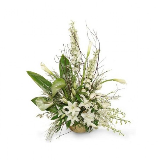 The Elegant Whiteness bouquet